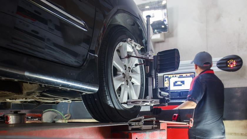 Know the Difference Between Wheel Alignment and Wheel Balancing!